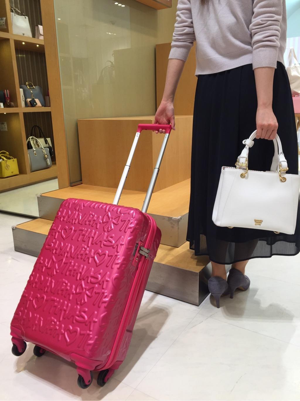サマンサタバサスイーツ&トラベル羽田空港第1ターミナル店 MISAKI