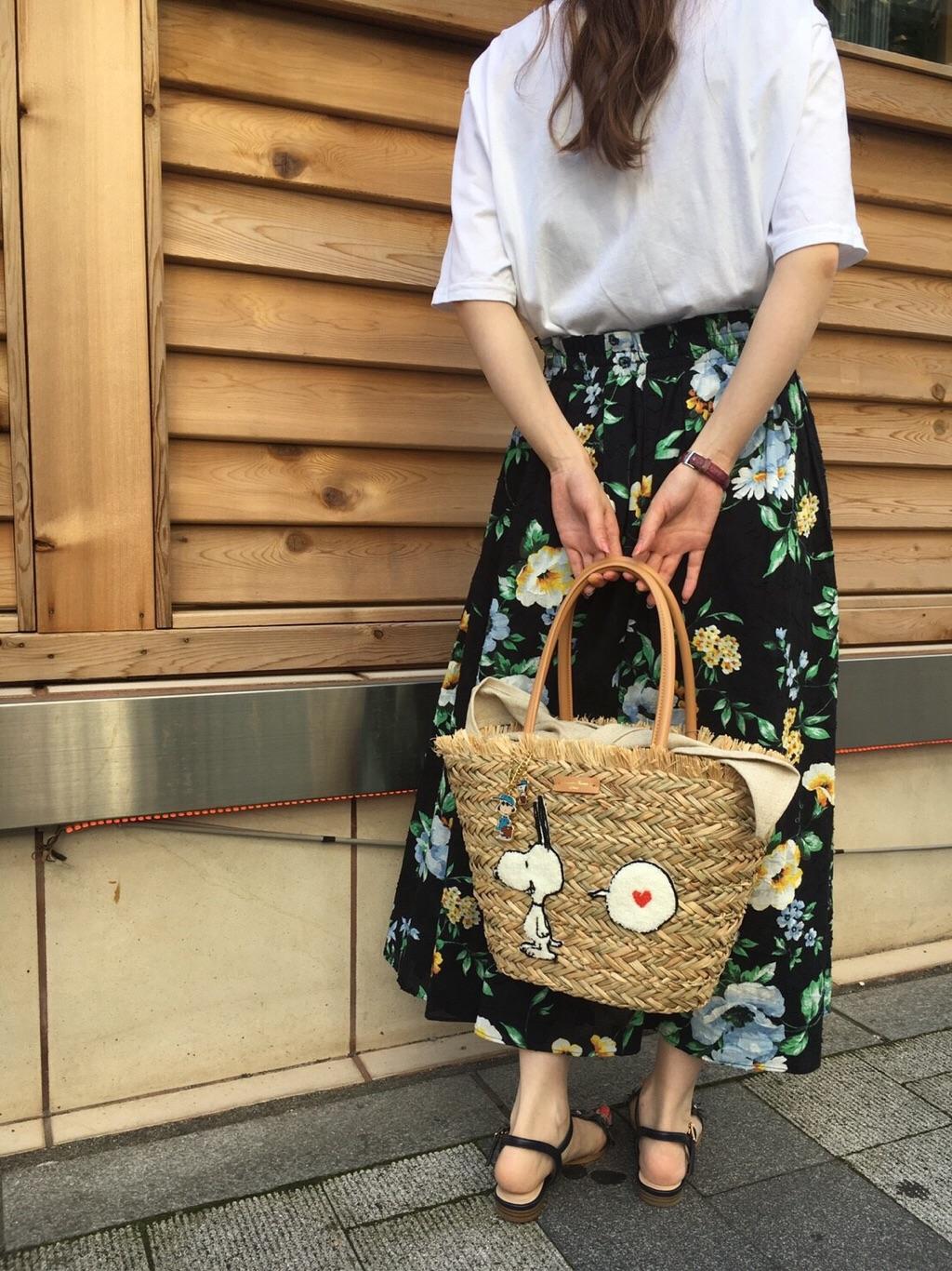 サマンサタバサエスティニー 静岡パルコ店 momo