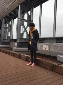 [胡摩 健太]