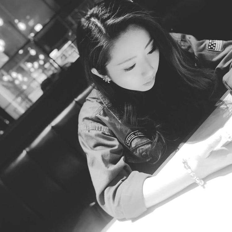 LINA写真