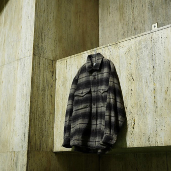 ファインアルパカを使用した C.P.Oジャケット。