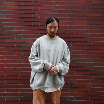 REVERSE FLEECE HUGE CREW予約受付中。