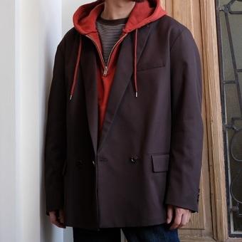 【YOKE】のジャケット。