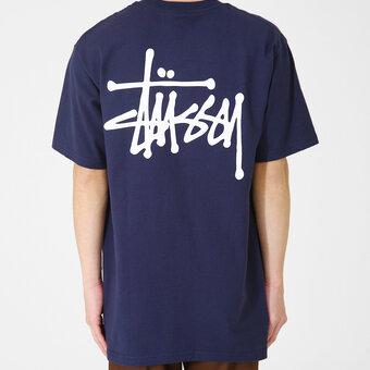 夏に向けてSTUSSYのベーシックTシャツ。