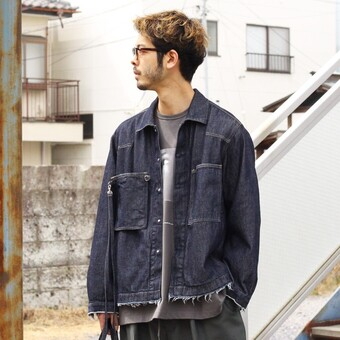 YOKE / DETACHABLE POCKET DENIM JACKET