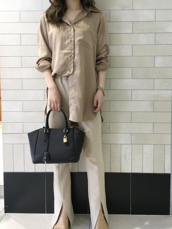 サマンサタバサ 鶴屋店 エミ