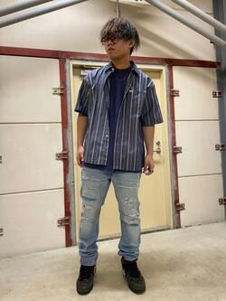 ららぽーと横浜のYoshihiroさんのLeeのAMERICAN RIDERS 203 テーパード クラッシュを使ったコーディネート