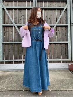 アミュプラザおおいた店のめいにゃんさんのLeeの【予約】【Lee×GRAMICCI(グラミチ)】オーバーオール スカート【7月下旬頃発送予定】を使ったコーディネート