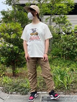 アミュプラザおおいた店のMayaさんのLeeのロゴモチーフプリント Tシャツを使ったコーディネート