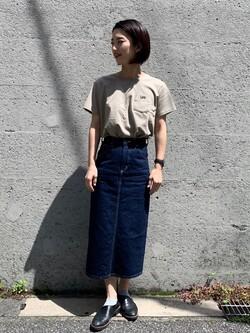 Lee アミュプラザ博多店のYurieさんのLeeのワンポイントロゴ刺繍 半袖Tシャツを使ったコーディネート