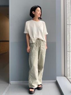Lee アミュプラザ博多店のYurieさんのLeeのバルーンフィット 半袖Tシャツを使ったコーディネート