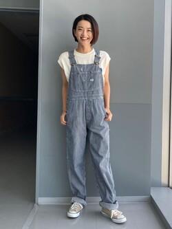 Lee アミュプラザ博多店のYurieさんのLeeの【SALE】デニムポケット ノースリーブTシャツを使ったコーディネート