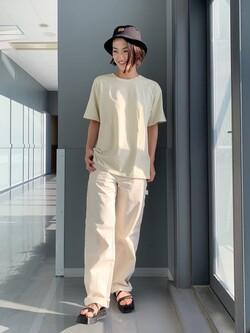 Lee アミュプラザ博多店のYurieさんのLeeの終了【ガレージセール】バックプリント 半袖Tシャツを使ったコーディネート