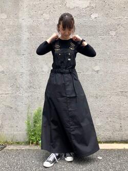 Lee アミュプラザ博多店のMarikoさんのLeeの【Lee×GRAMICCI(グラミチ)】オーバーオール スカートを使ったコーディネート