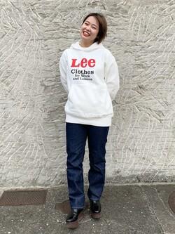 Lee アミュプラザ博多店のたまちゃんさんのLeeの【Winter sale】【ヘビーウエイト】プリントパーカー1を使ったコーディネート