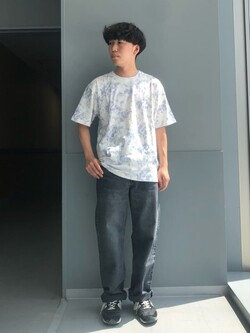 Lee アミュプラザ博多店のTaigaさんのLeeの【SALE】タイダイ柄 半袖Tシャツを使ったコーディネート