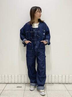 札幌パセオ店のChisatoさんのLeeの【軽くて涼しい】ライトウエイト エンジニアジャケット/デニムジャケットを使ったコーディネート