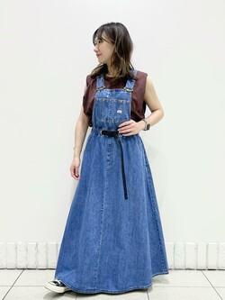札幌パセオ店のChisatoさんのLeeの【Lee×GRAMICCI(グラミチ)】オーバーオール スカートを使ったコーディネート