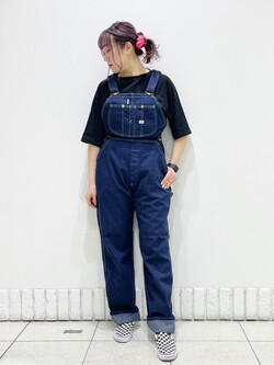 札幌パセオ店のChihiroさんのLeeの【竹下玲奈さんモデル】オーバーオールを使ったコーディネート