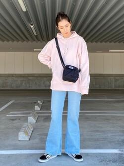 エスパル仙台店のeriさんのLeeのワンポイントロゴ刺繍ポケット付きTシャツ/長袖を使ったコーディネート