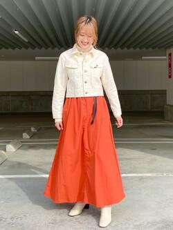 エスパル仙台店のhikaruさんのLeeの【Lee×GRAMICCI(グラミチ)】ロングスカートを使ったコーディネート