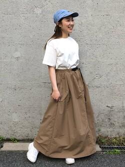Lee アミュプラザ博多店のNanamiさんのLeeの【Lee×GRAMICCI(グラミチ)】ロングスカートを使ったコーディネート