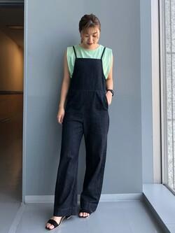 Lee アミュプラザ博多店のNanamiさんのLeeの【SALE】ノースリーブ Tシャツを使ったコーディネート