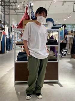 西宮ガーデンズ店のAnjuさんのLeeのバックプリント 半袖Tシャツを使ったコーディネート