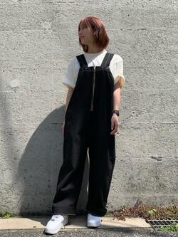Lee アミュプラザ博多店のMISAKIさんのLeeの【ユニセックス】バッグロゴ 半袖Tシャツを使ったコーディネート