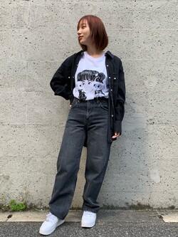 Lee アミュプラザ博多店のMISAKIさんのLeeの【BuddyLee100周年記念】Lee×牛木匡憲 半袖Tシャツを使ったコーディネート