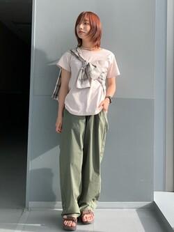 Lee アミュプラザ博多店のMISAKIさんのLeeの【SALE】オープンカラー チェック柄シャツ/長袖を使ったコーディネート