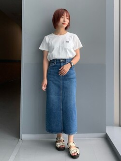 Lee アミュプラザ博多店のMISAKIさんのLeeのSTANDARD WARDROBE スカートを使ったコーディネート