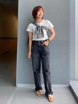 Lee アミュプラザ博多店のMISAKIさんのLeeの【再値下げSALE】ベーシック ボタンダウンシャツ/長袖を使ったコーディネート