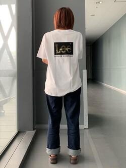 Lee アミュプラザ博多店のMISAKIさんのLeeの終了【ガレージセール】【ユニセックス】バックプリント 半袖Tシャツを使ったコーディネート