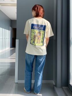 Lee アミュプラザ博多店のMISAKIさんのLeeの終了【ガレージセール】バックプリント 半袖Tシャツを使ったコーディネート