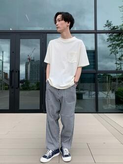 アミュプラザ熊本店のSHOGOさんのLeeの【SALE】【ユニセックス】バッグロゴ 半袖Tシャツを使ったコーディネート