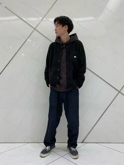 熊本COCOSA店のSHOGOさんのLeeの【Winter sale】【ユニセックス】【やわらかフリース】ノーカラージャケットを使ったコーディネート