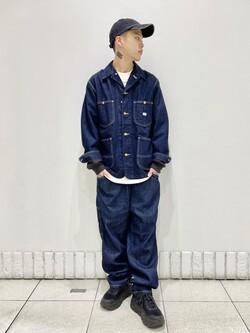札幌パセオ店のgenさんのLeeの【アウトドアシーンに最適】難燃素材を使用したイージーパンツを使ったコーディネート