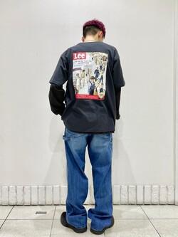 札幌パセオ店のgenさんのLeeのバックプリント 半袖Tシャツを使ったコーディネート