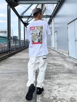 札幌パセオ店のgenさんのLeeの【再値下げSALE】バックプリント 半袖Tシャツを使ったコーディネート