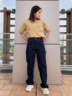 ららぽーと横浜のsatoさんのLeeの【SALE】【ユニセックス】バッグロゴ 半袖Tシャツを使ったコーディネート