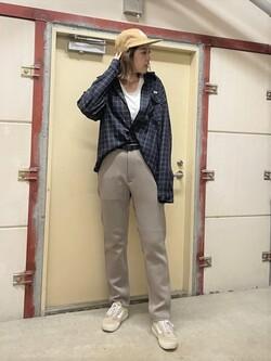 ららぽーと横浜のsatoさんのLeeの【Lee×GRAMICCI(グラミチ)】ペインター スリムテーパードパンツを使ったコーディネート