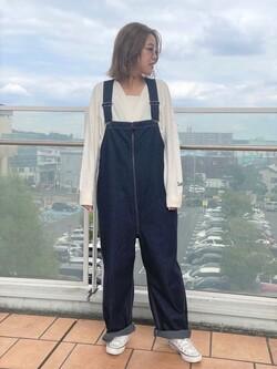ららぽーと横浜のsatoさんのLeeの【Lee×GRAMICCI(グラミチ)】オーバーオールを使ったコーディネート