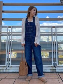 ららぽーと横浜のsatoさんのLeeの【15%OFFクーポン対象】【年間定番&ベストセラー】オーバーオールを使ったコーディネート