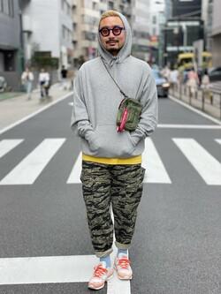 ALPHA SHOP渋谷店のKataoka.RさんのALPHAのパッチドラベルパーカーを使ったコーディネート