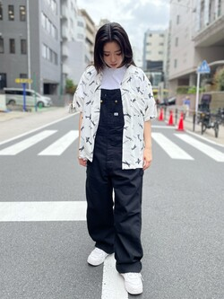 ALPHA SHOP渋谷店のmoe さんのALPHAの終了【ガレージセール】総柄 レーヨンオープンカラーシャツを使ったコーディネート