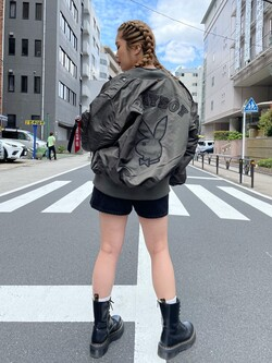 ALPHA SHOP渋谷店のmoe さんのALPHAの【直営店限定】ALPHA×PLAYBOY L-2Bを使ったコーディネート