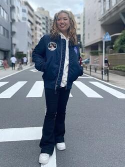 ALPHA SHOP渋谷店のmoe さんのALPHAの【試着対象】MA-1 タイトジャケット アポロを使ったコーディネート