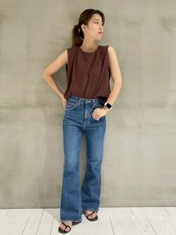 アミュプラザおおいた店のAmiさんのLeeの【SALE】ノースリーブ Tシャツを使ったコーディネート