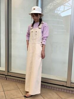 アミュプラザ鹿児島店のrihoさんのLeeのオーバーオール スカートを使ったコーディネート